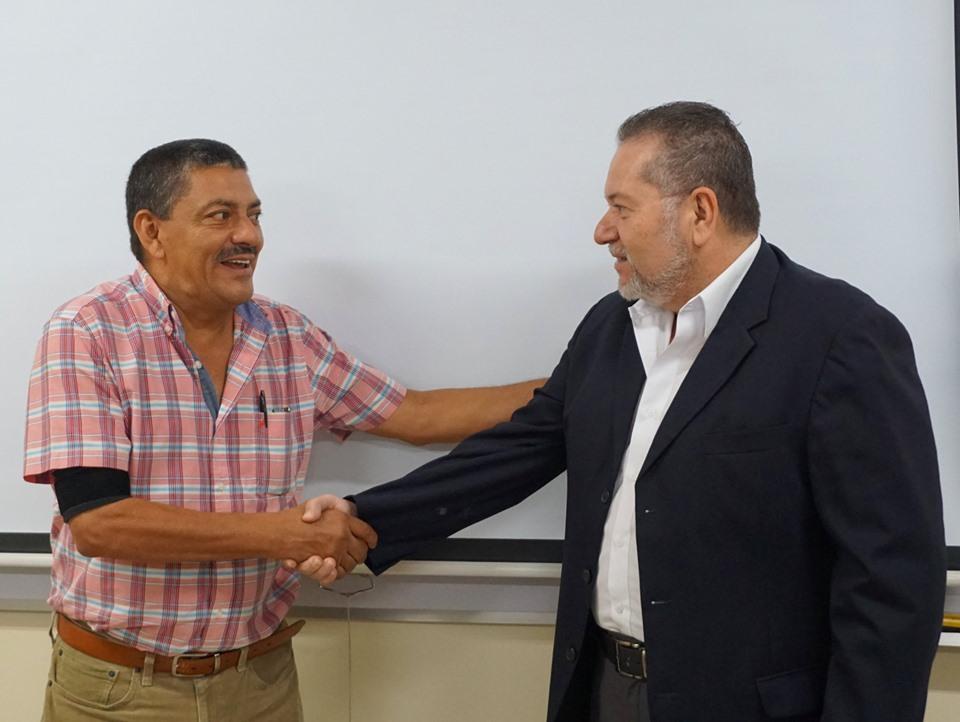 El presidente de la institución, Óscar Enrique Guardado, sostuvo una reunión con el alcalde de Tonacatepeque Roberto Edgardo Herrera, el párroco de dicho municipio y un representante del Ministerio de Salud (MINSAL)