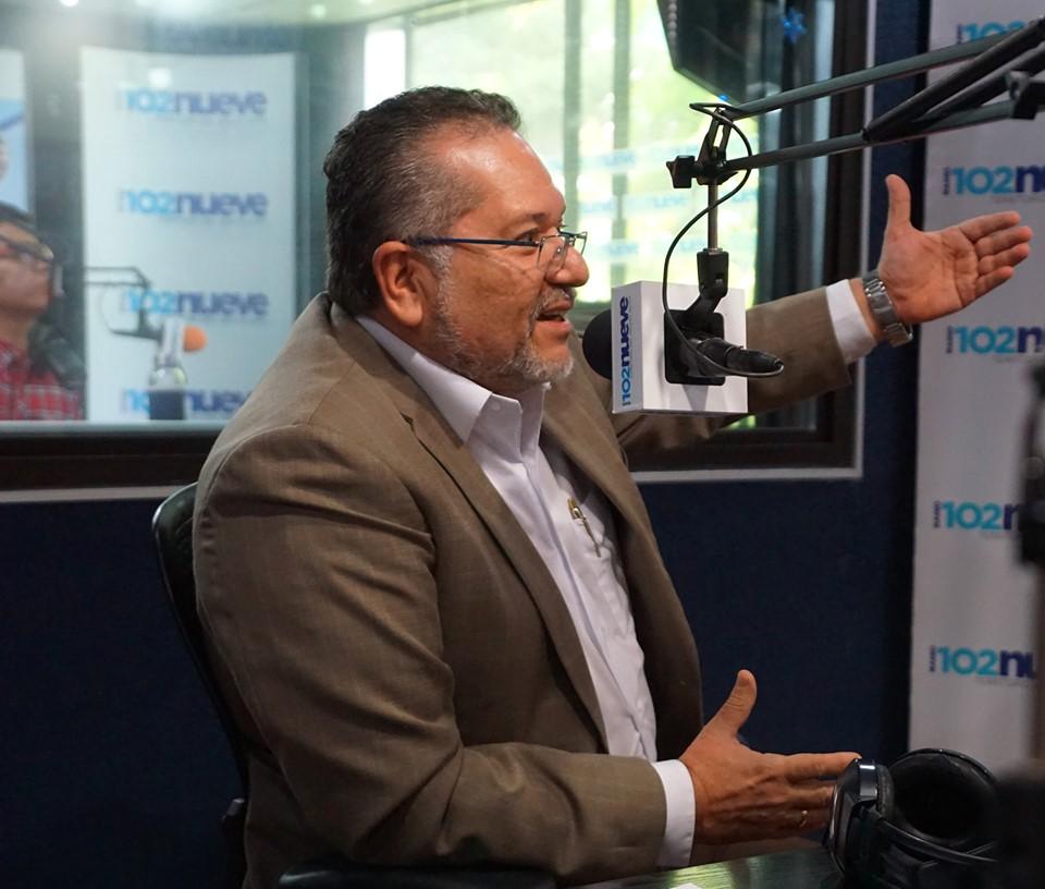 El presidente Guardado, destaca modernización del ISTA en entrevista radial