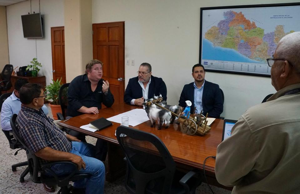 Reunión con Ministro de Agricultura y Ganadería