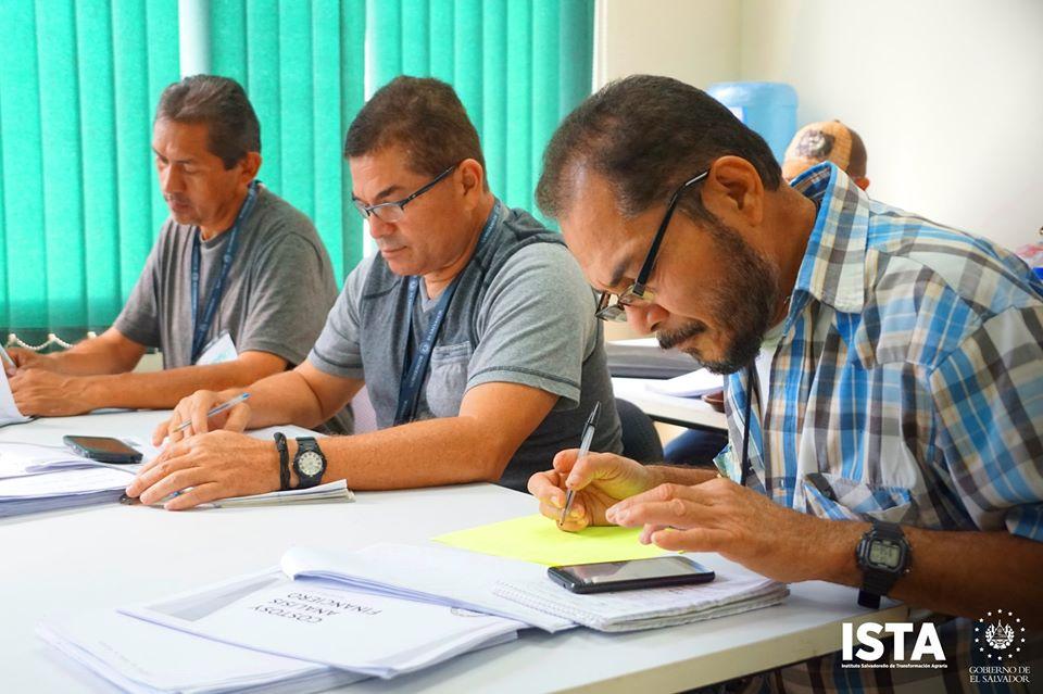 Nuestro personal técnico que impulsará el proyecto de las Escuelas Agrarias