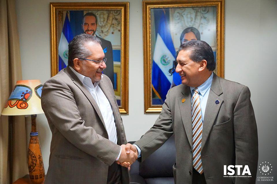 El Presidente Óscar Guardado y su equipo técnico, sostuvieron una reunión con el Ing. Salvador Goméz Gochez, presidente de Proesa El Salvador