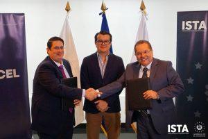 Junto a la Comisión Ejecutiva Hidroeléctrica del Río Lempa firmamos un convenio de cooperación interinstitucional para el establecimiento de viveros forestales a nivel naciona